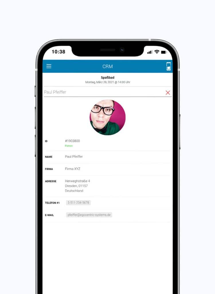 Gespeicherte Kundendaten im CRM des Eventmanagers von egocentric Systems für einfache Kontaktnachverfolgung